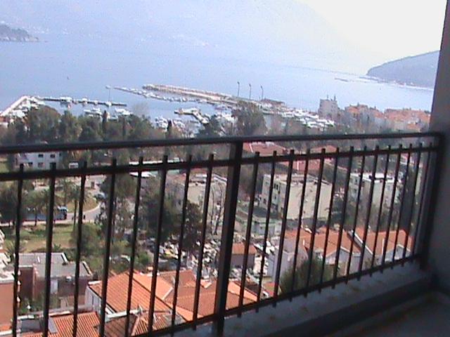 Квартира с видом на море и большой террасой