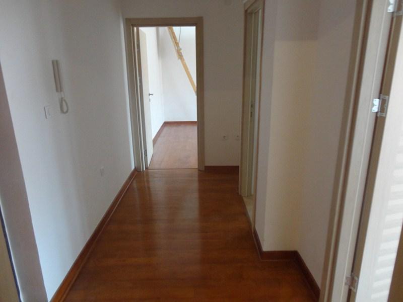 квартира в Будве, с террасой и мансардой